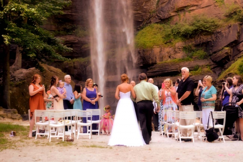Here is a gallery of photos taken at this Toccoa Falls Waterfall: