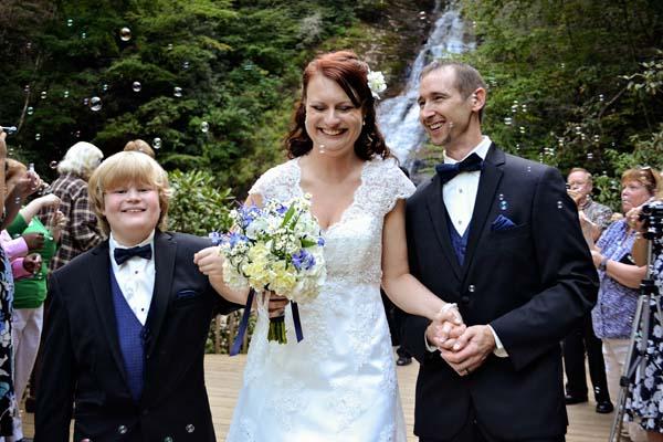 Spectacular Waterfall wedding photos