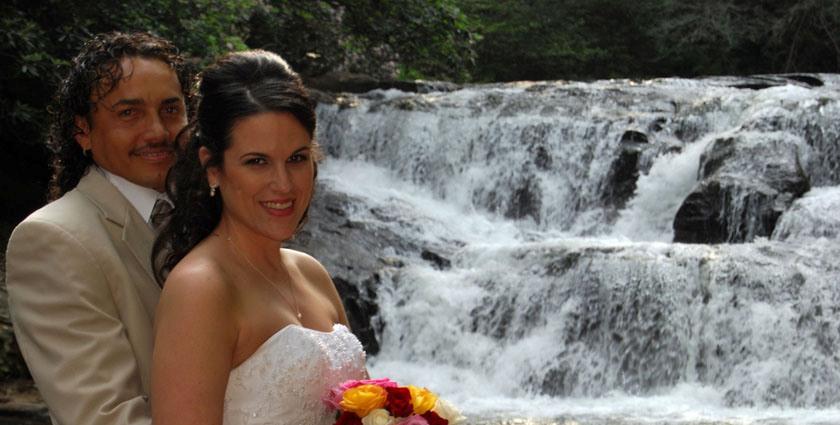 Dick's Creek Waterfall